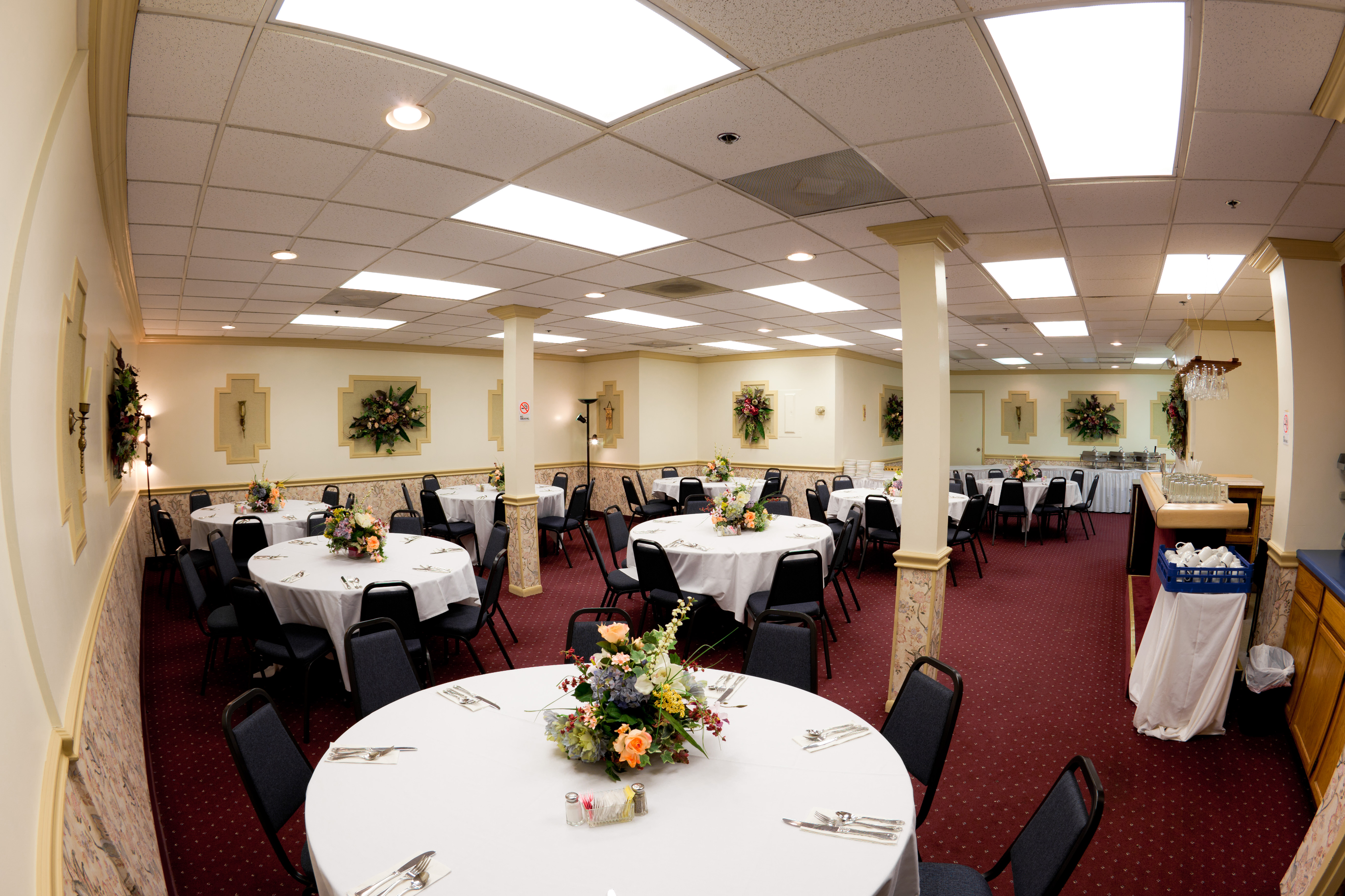 Jaden S Catering S Banquet Room Is An Ideal Place For Your