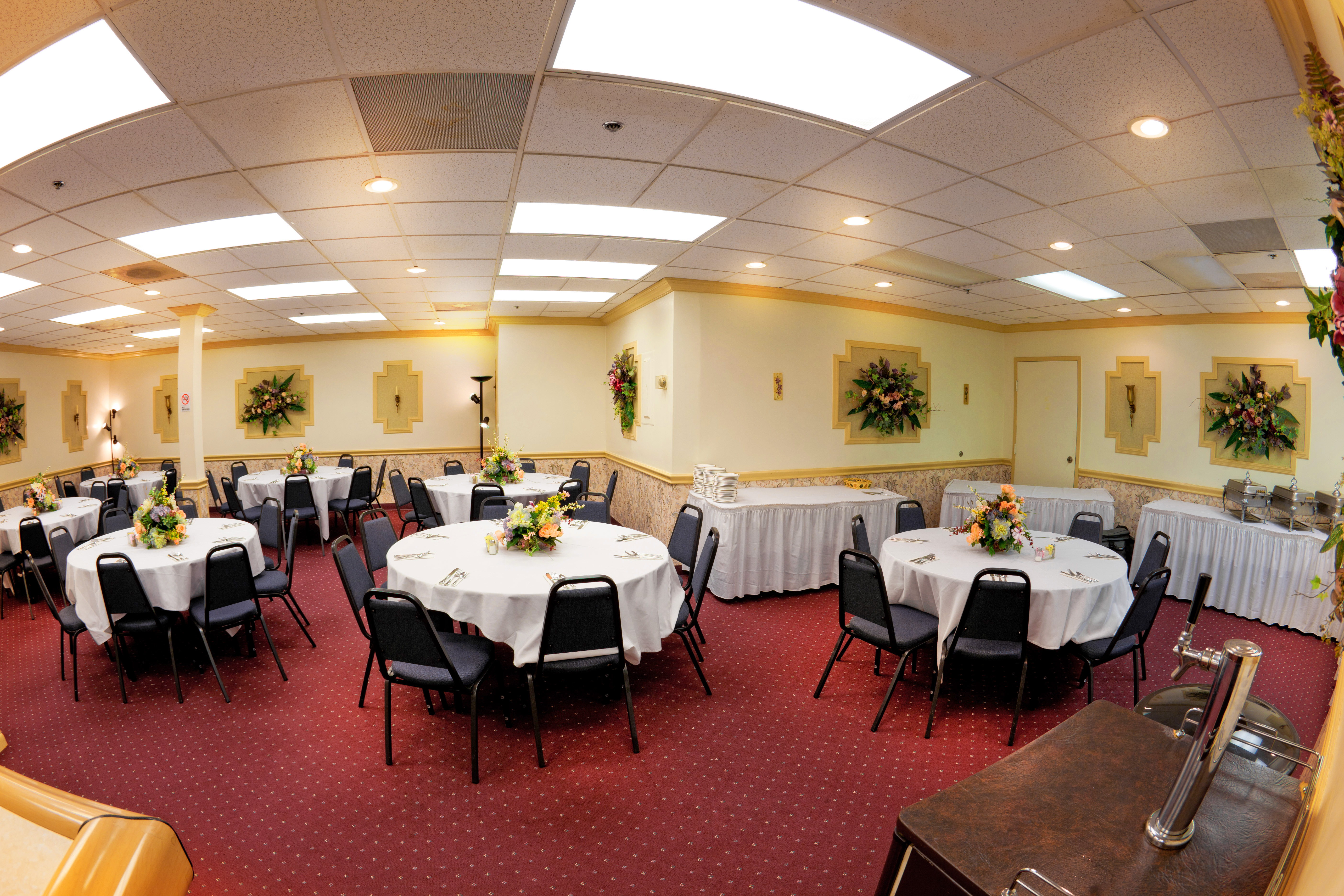 Jaden\'s Catering\'s banquet room is an ideal place for your next ...